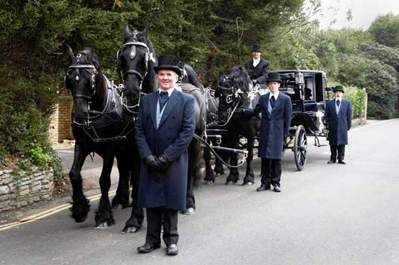 Horse Drawn Funeral Carriages - Portsmouth - Southampton